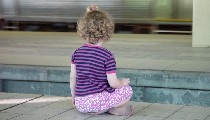 little-girl_w725_h544