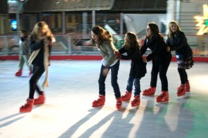 WWIP_Ice_skaters